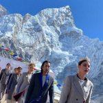 Sfilata sul monte Everest da Guinness World Record